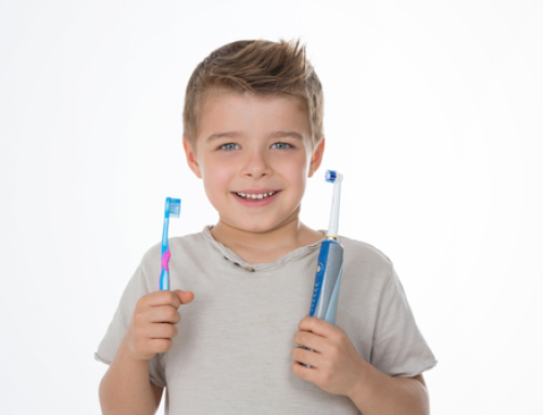 Guidelines to Choosing the Right Toothbrush by a Cosmetic Dentist